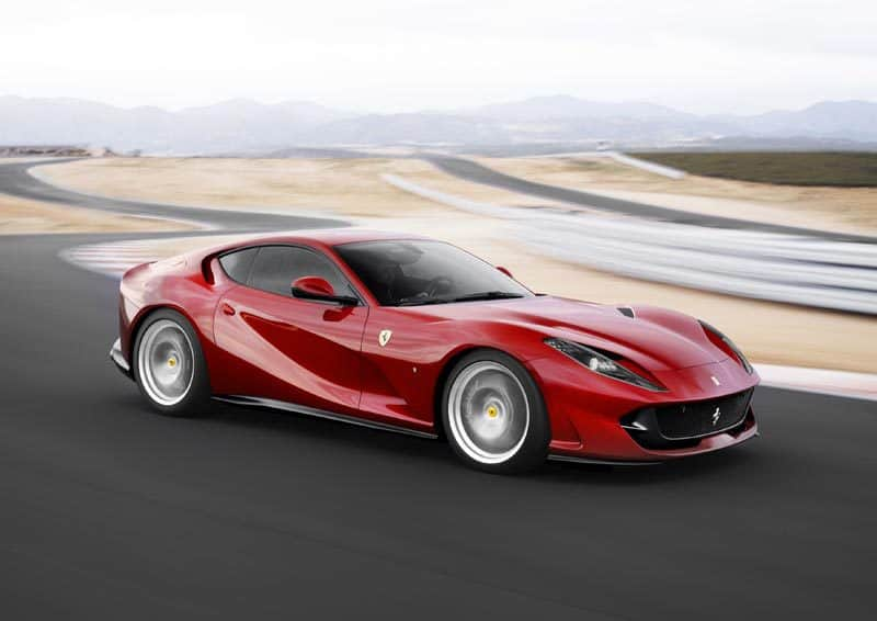 812-Superfast-car-ferrari