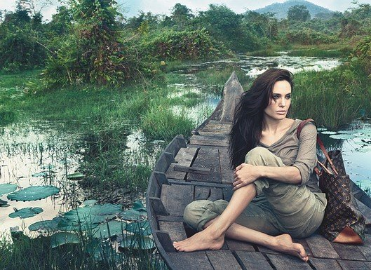Angelina-Jolie-Louis-Vuitton