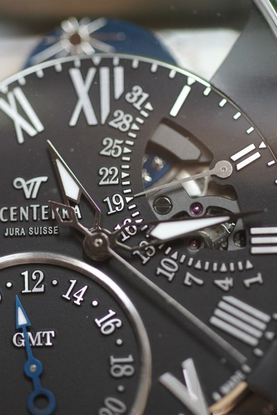 VICENTERRA GMT-3 T2 face Luxury