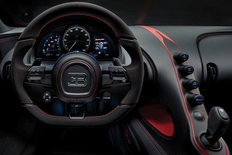 Bugatti-Chiron-Sport-inside