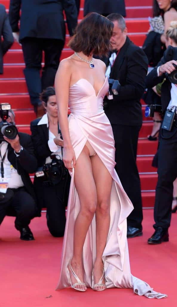"Cannes Film festival, when stars ""reveal"" themselves ..."