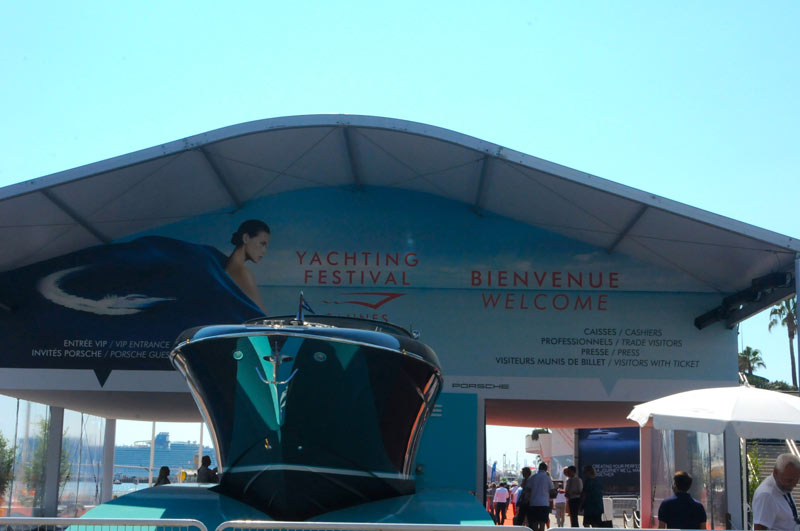 cannes-yachting-festival-2016-entrance