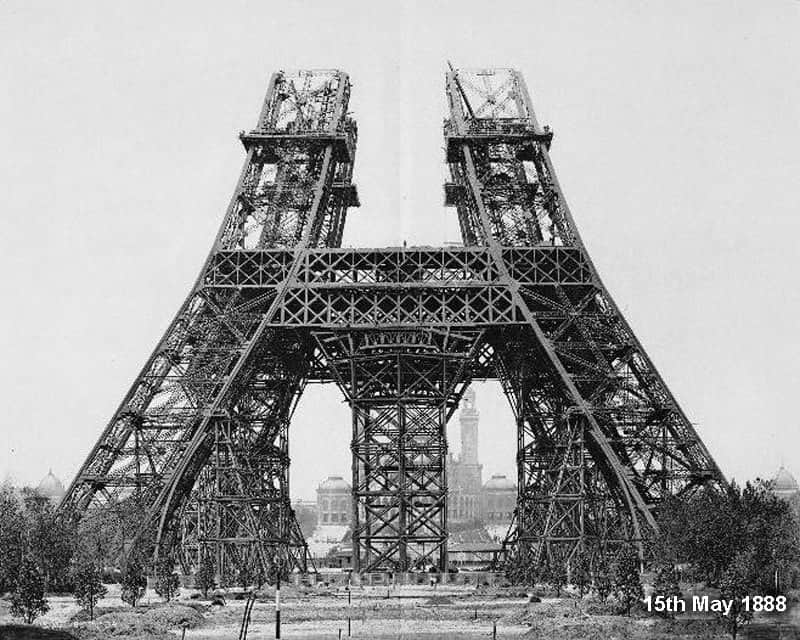 Eiffel-Tower-Construction-2