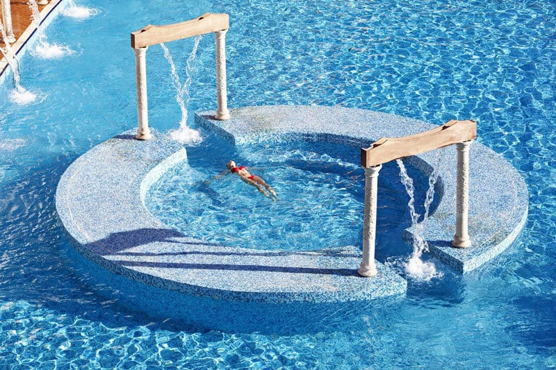 Granada-luxury-okurcalar-pool