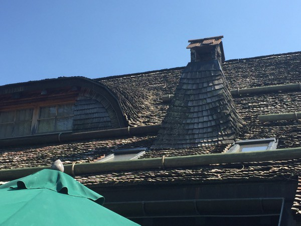 claude nobs chalet roof