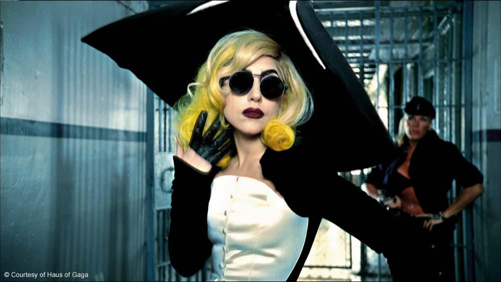 Lady-Gaga-couture-thierry-Mugler-Haus-of-Gaga