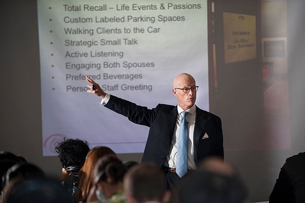 Luxury-Education-Luxury-Seminars-4