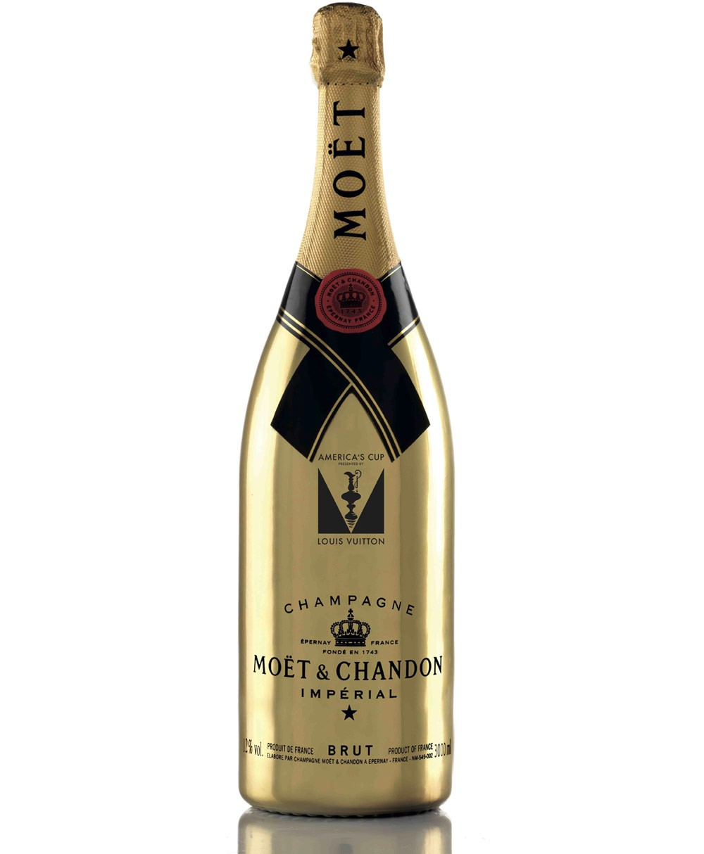 Moët & Chandon Champagne, official partner of the 35th edition of the America's Cup.