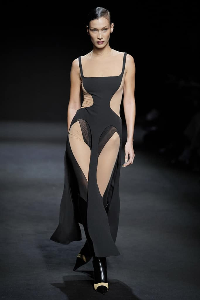 Mugler-Fashion-Show-F-W-2020-21-bella-hadid