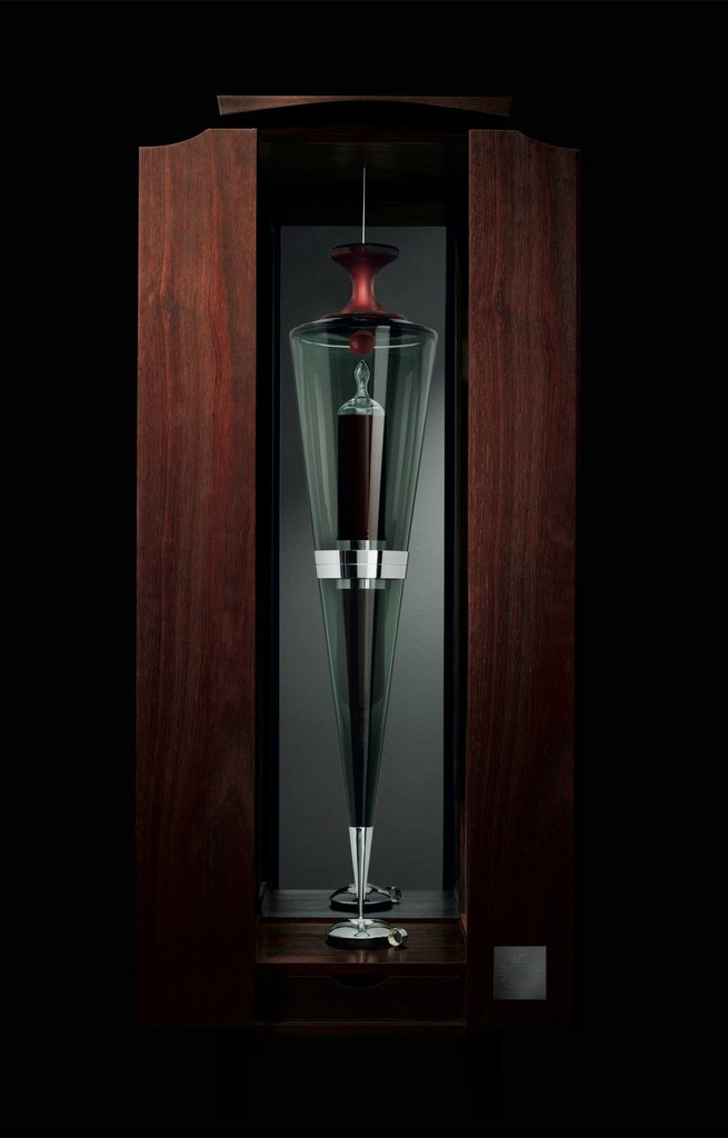 Penfolds Ampoule, wine is a master-art.