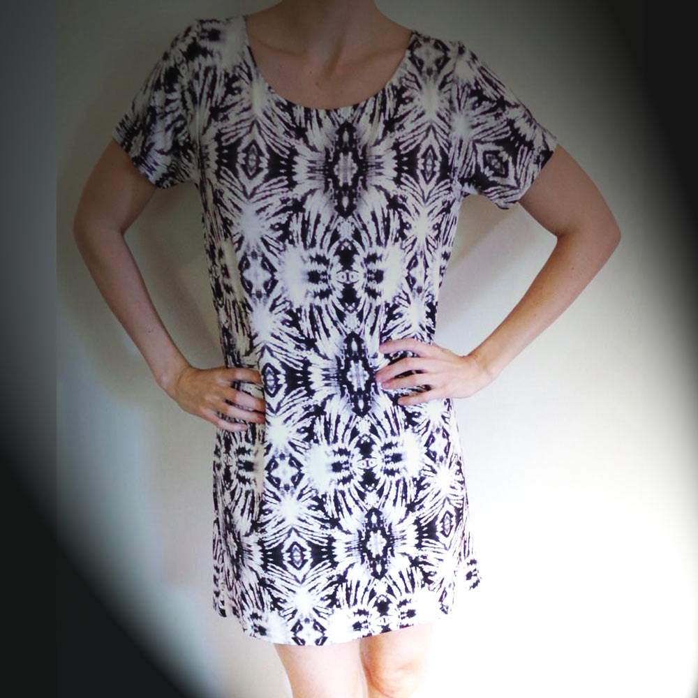 Rooi-Rok-Bokie-print-dress