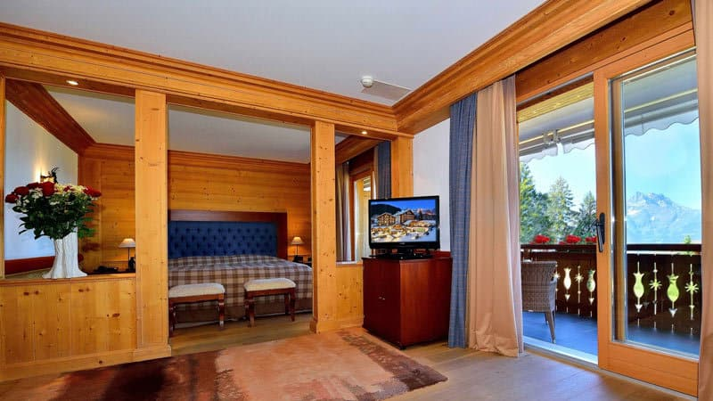 Royal-Alp-luxury-hotels-switzerland-rooms