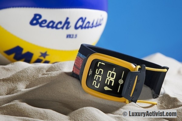 Swatch-Touch-Zero-One-Beach