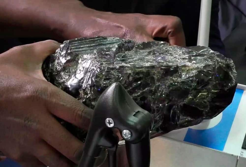 Tanzanite-stone-found-by-52-years-old-minor