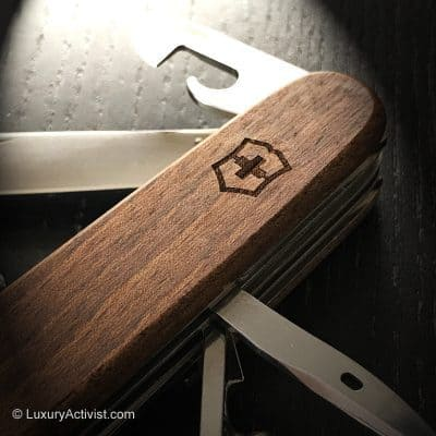 The New Victorinox Huntsman and Spartan Wood – Beautiful.
