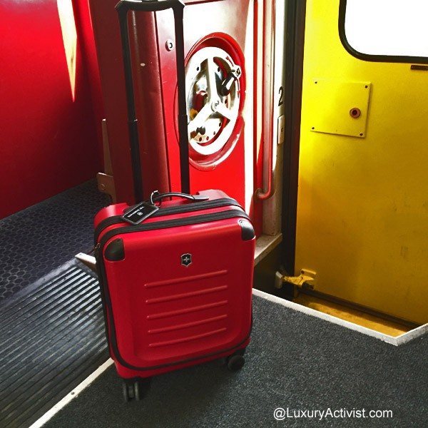 Victorinox-Spectra-2.0-extra-carry-train
