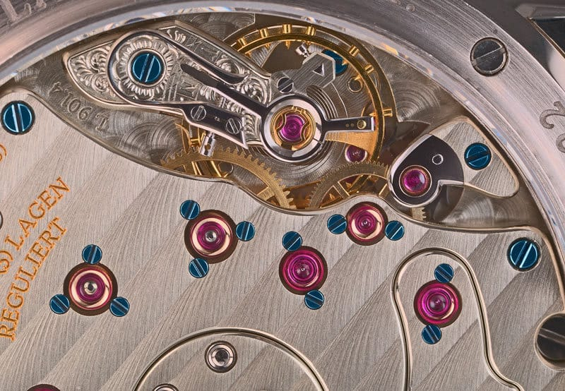 Watch-movement-rubies-jewels