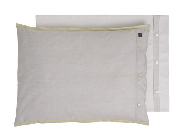 Whisper_P01.005_pillow_300