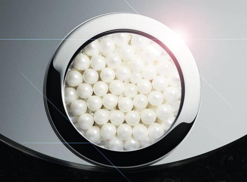 White-Caviar-Illuminating-pearl-infusion-formula