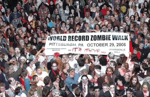 Zombie_walk_Pittsburgh_29_Oct_2006