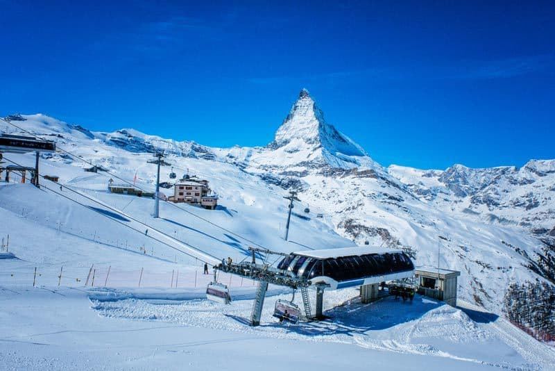 christmas-ski-trip-switzerland-zermatt