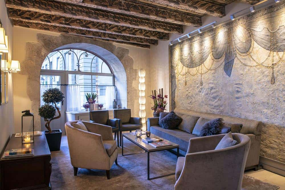 les-armures-luxury-hotel-reviews