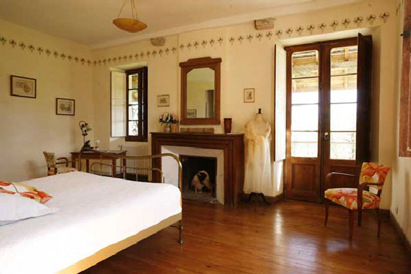 lespoune-guest-luxury-house-room