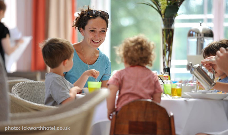 luxury-family-hotels-the-ickworth