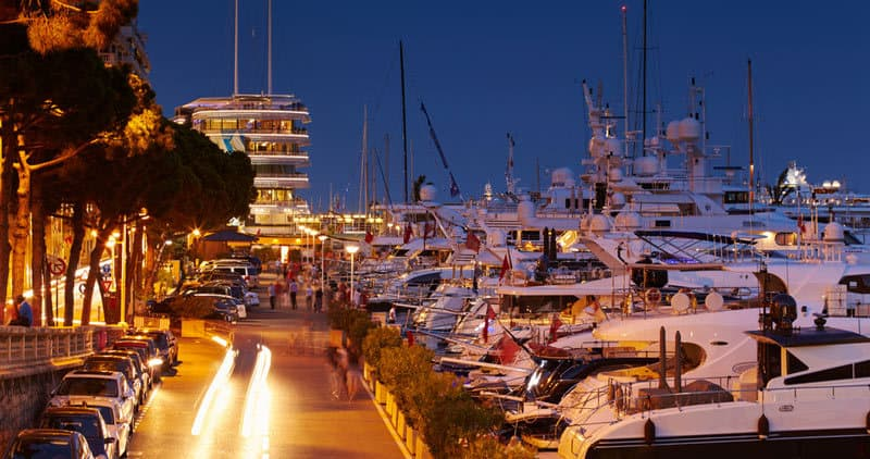 new-year-eve-in-monaco-party-by-the-harbour