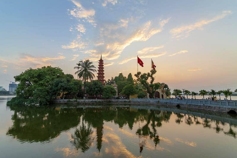 Tran-Quoc-Pagoda-Vietnam